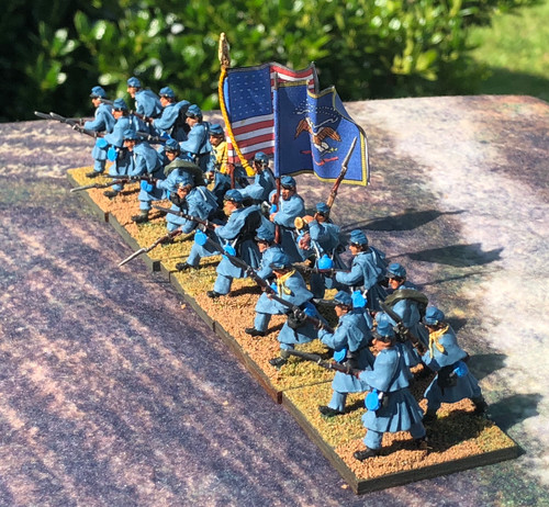 US Infantry Regiment, greatcoats, advancing