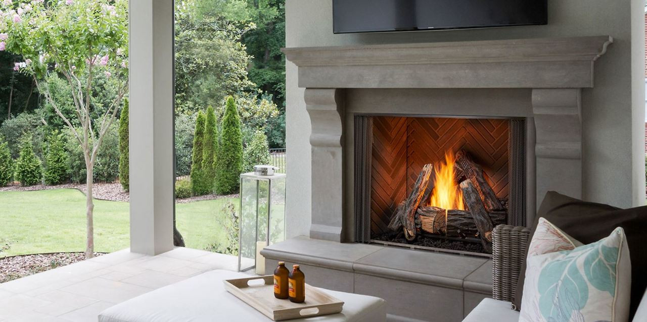 """Majestic Courtyard 42"""" Outdoor Traditional Fireplace with IntelliFire Ignition"""