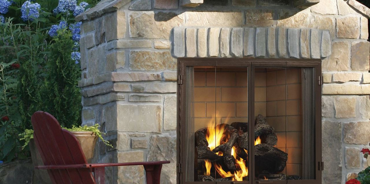 """Majestic Castlewood 42"""" Outdoor Wood Fireplace"""
