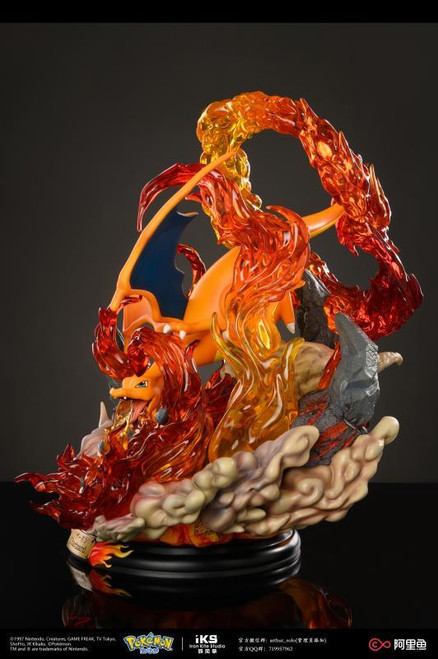 【PRE-ORDER】Pokémon Charizard  resin statue LICENSED