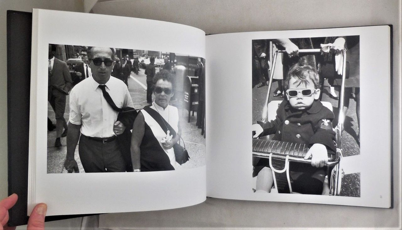 THE MAN IN THE CROWD: THE UNEASY STREETS OF GARRY WINOGRAND - 1999 [1st Ed]