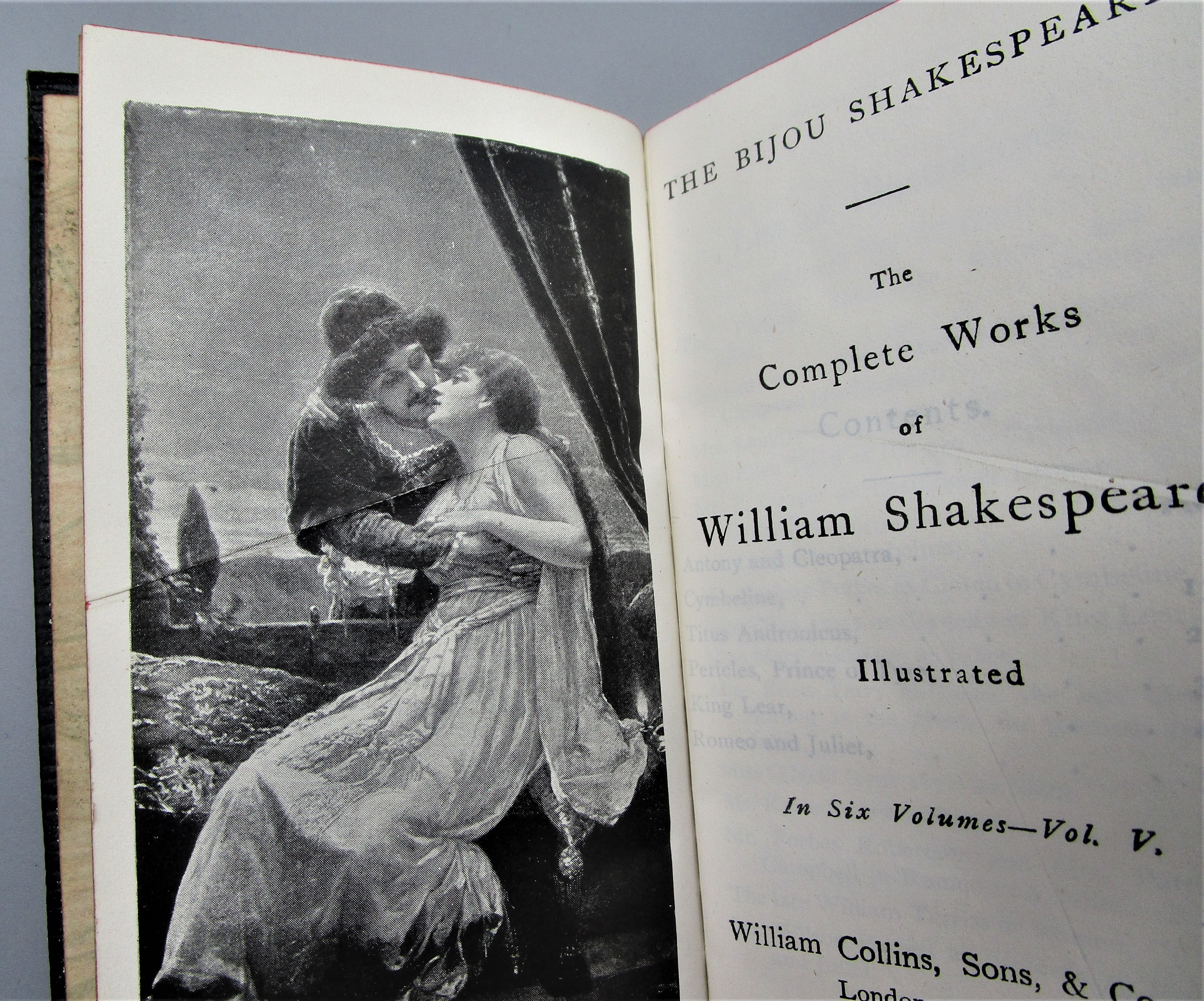 THE COMPLETE WORKS OF WILLIAM SHAKESPEARE - [6 Vols]