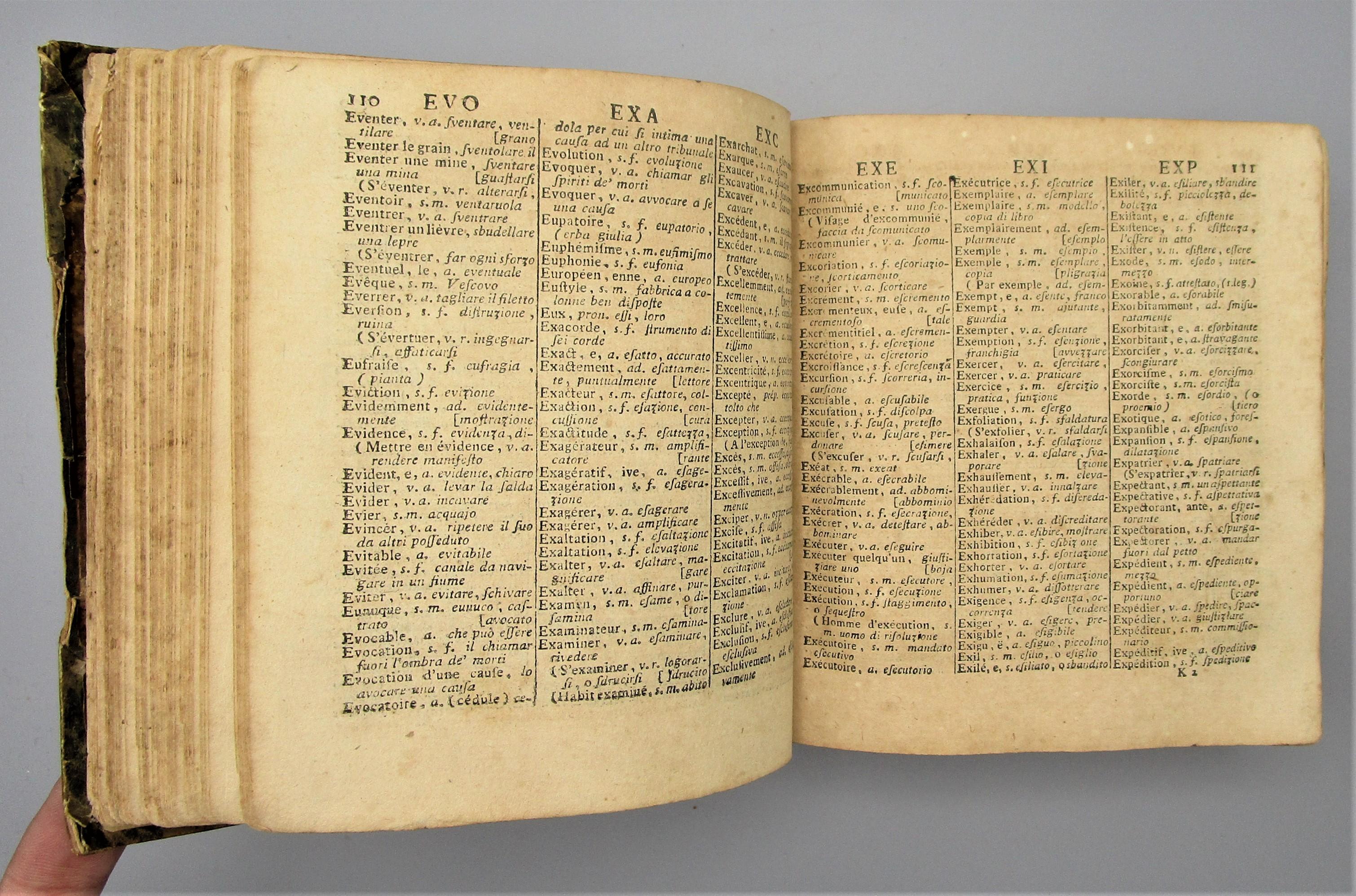 NOUVEAU DICTIONNAIRE PORTATIF FRANCOIS-ITALIEN by - 1810 [French/Italian]