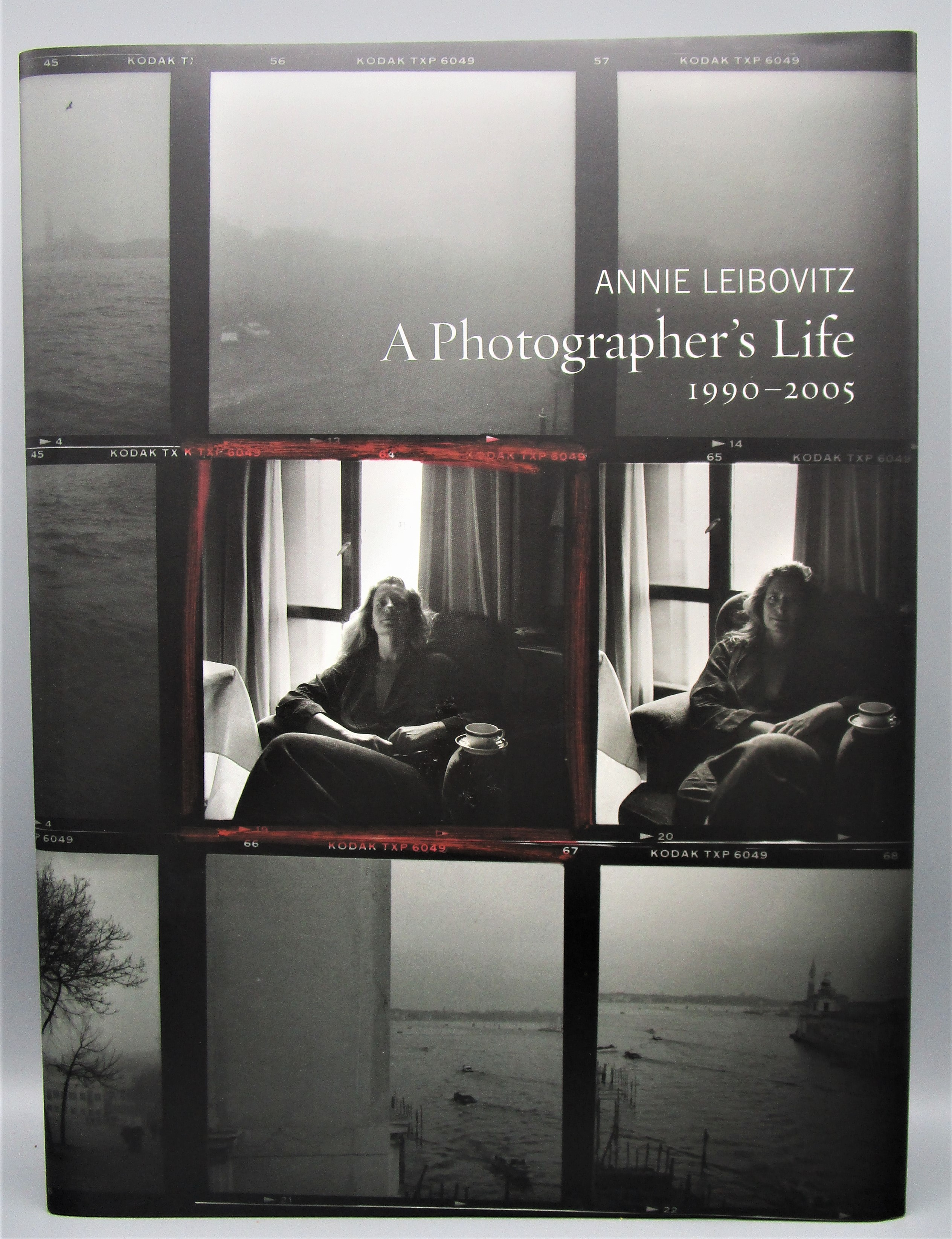 A PHOTOGRAPHER'S LIFE 1990-2005, by Annie Leibovitz - 2006 [Signed w/box]