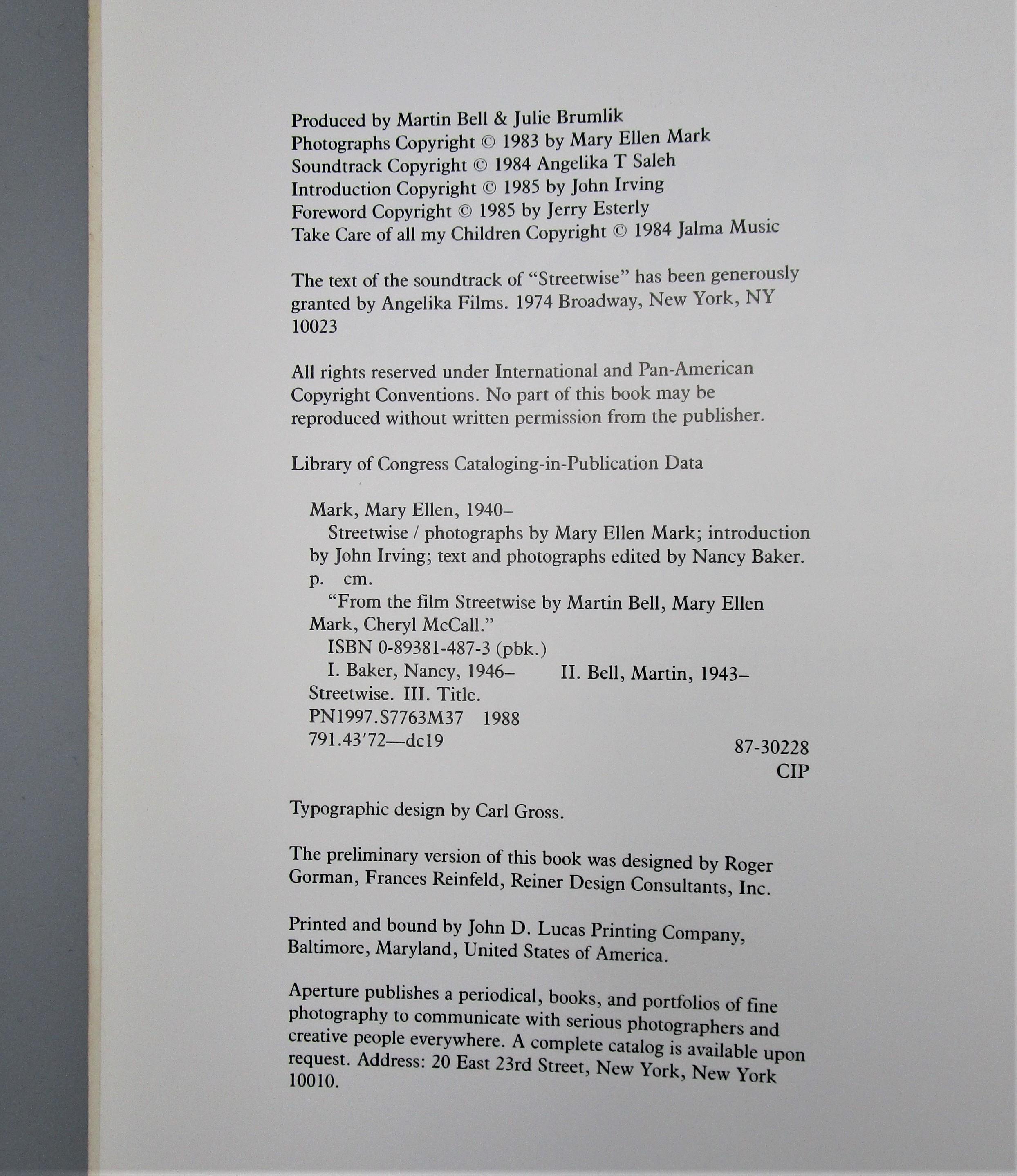 STREETWISE, by Mary Ellen Mark & John Irving - 1992 [1st Ed]
