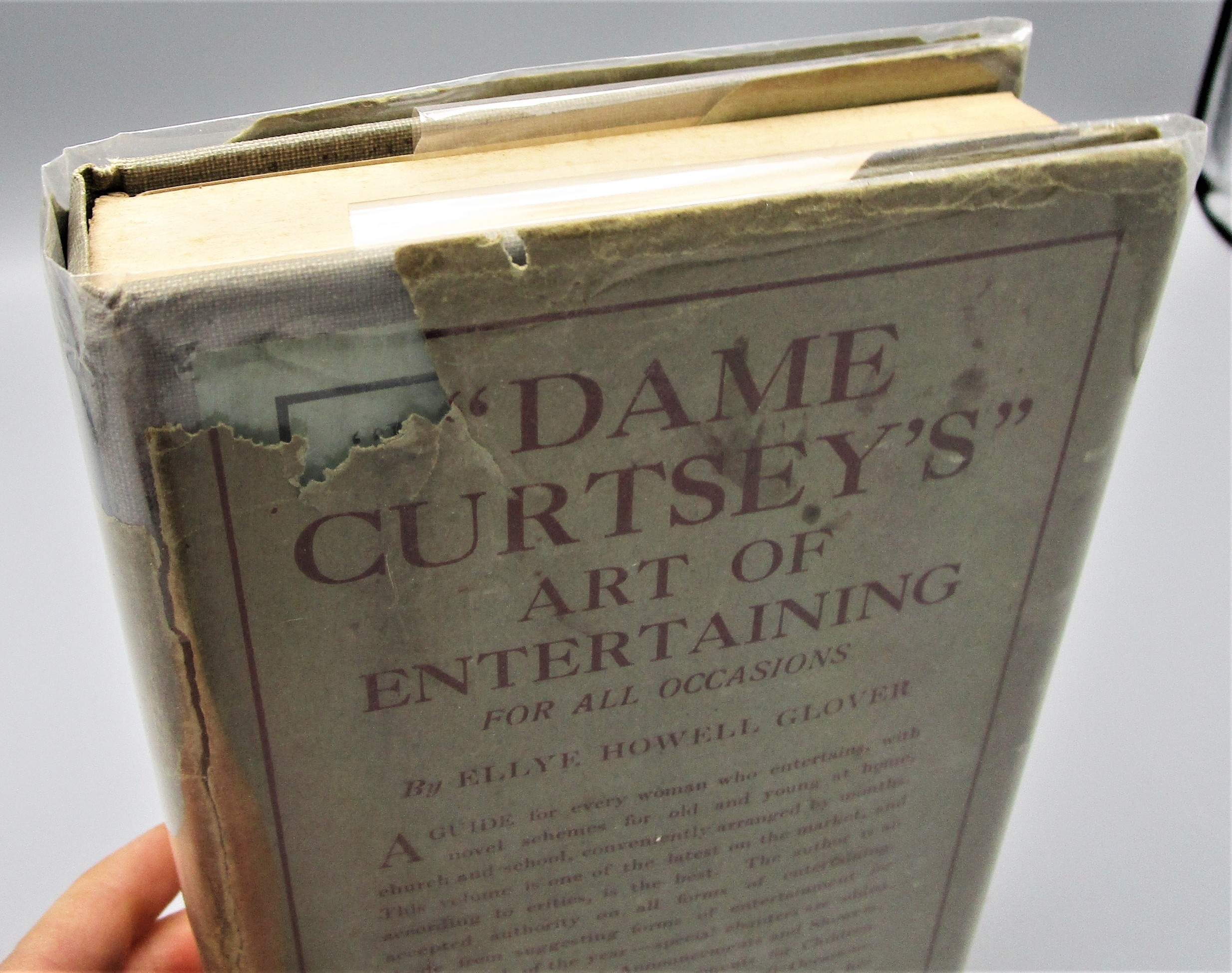 DAME CURTSEY'S ART OF ENTERTAINING, by Ellye Howell Glover - 1918