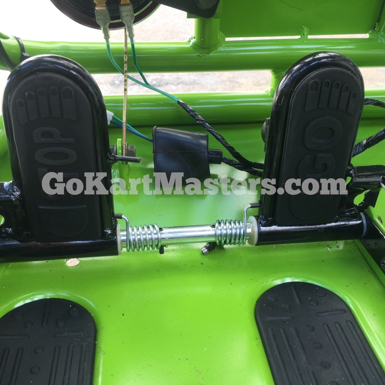 TrailMaster Mini XRX/R+ Go Kart - Throttle & Brake Pedals