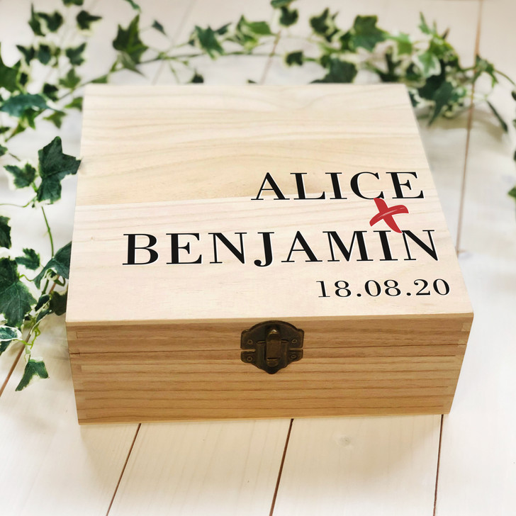 Personalised Couples Names & Date, Wooden Wedding Gift Box, Mr & Mrs Wedding or Anniversary Gift