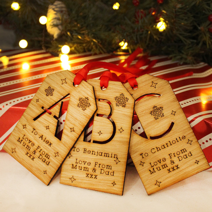 Personalised Christmas Gift Tag with INITIALS, Traditional Style Wooden Xmas Gift Tag, Perfect For Christmas Eve Boxes and Present Wrapping