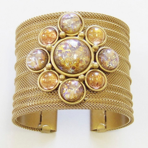 SARAH CAVENDER RIBBED MESH CUFF WITH ROUND STONES IN CIRCLE PATTERN
