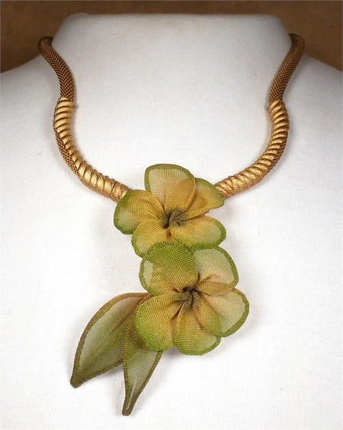 Sarah Cavender Floral Yellow Necklace