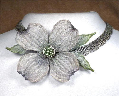 Sarah Cavender Silver and White Floral necklace