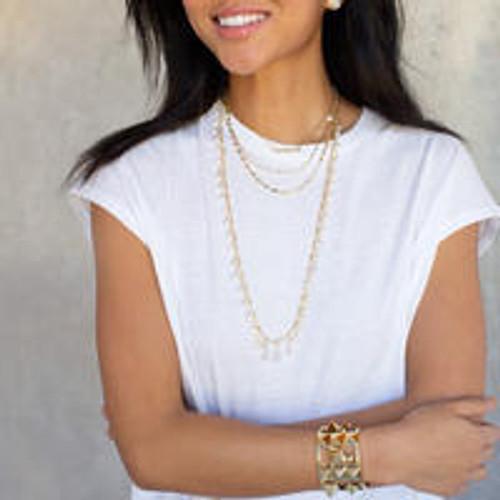Model - Sorrelli Polished Pearl- Ravenna Layered Necklace~ NEC10BGPLP