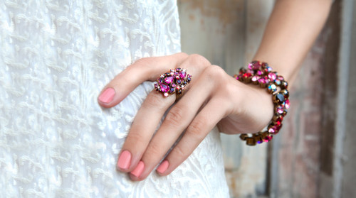 Sorrelli Pink Orchid- Classically Clustered Ring~ RCP7AGPOR