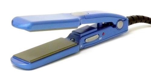 """Babyliss Nano Tianium Mini Flat Iron Straightener 1"""""""