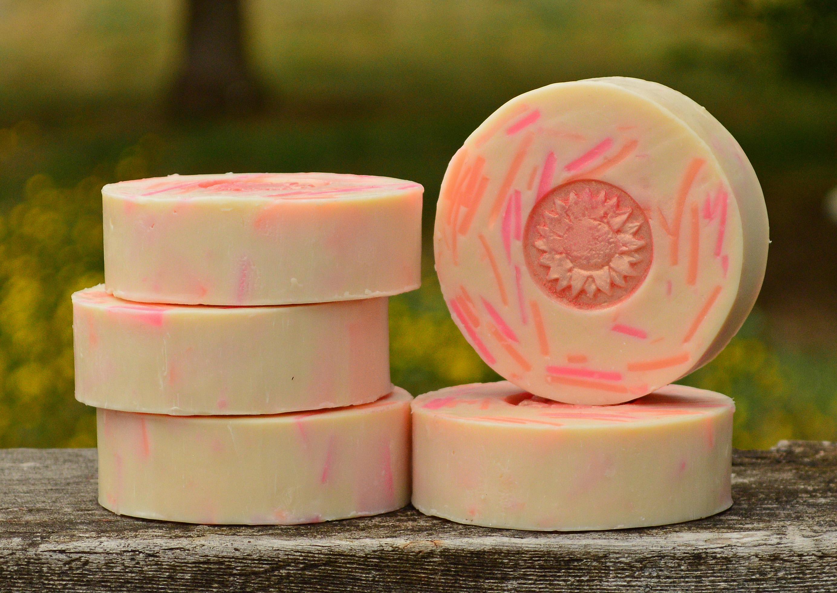Grapefruit Twist Classic Goat Milk Soap