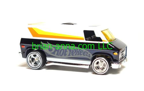 Hot Wheels 8th Annual Collectors Nationals Black//White Super Van