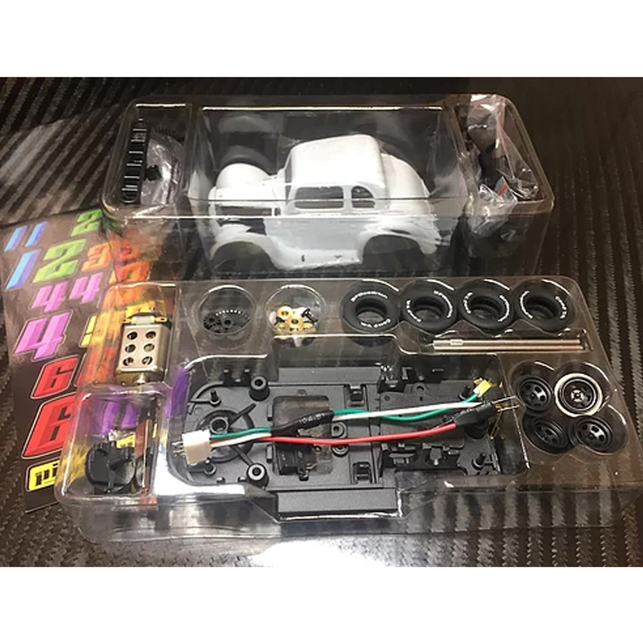 Pioneer 1934 Ford Coupe Legends Racer White Unpainted Kit Slot Car 1//32