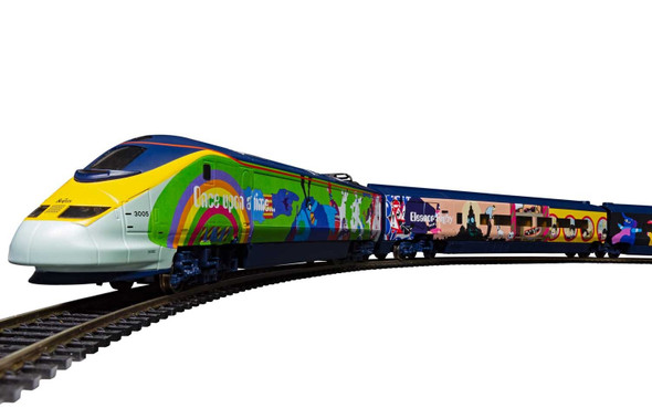 Hornby R1253 The Beatles Yellow Submarine Eurostar Train Set OO Scale