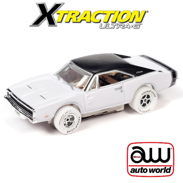 Auto World Xtraction R30 1970 Dodge Charger iWheels HO Scale Slot Car