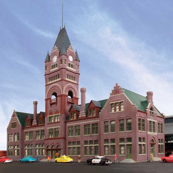 Walthers 933-2946 Milwaukee Everett Street Station & Train Shed Kit Building HO Scale