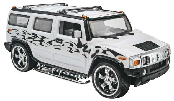 Revell 1:25 Scale California Wheels Hummer H2 Model Car 85-2867