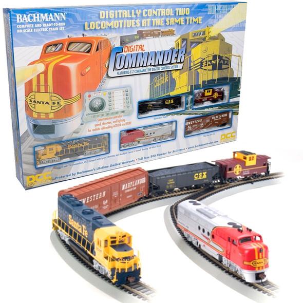 Bachmann 00501 SANTA FE Digital Commander Deluxe Electric Train Set HO Scale