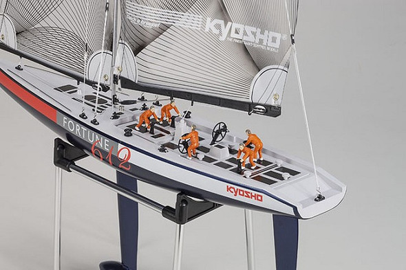 Kyosho 40042S 1/40 Scale Fortune 612 III RC Sailboat / Yacht RTR w/KT-431S Radio