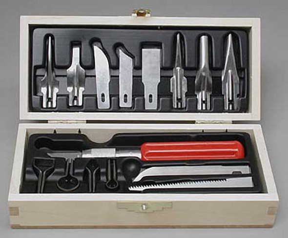 X-Acto X5175 Deluxe Woodcarving Set w/Chest Quality Tools