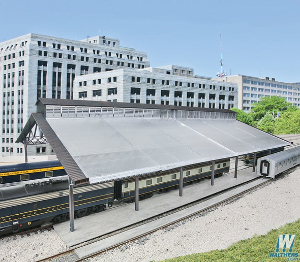 """Walthers 933-2984 Train Shed w/ Clear Roof Kit 22-3/8 x 11-9/16 x 6-1/4"""" : HO Scale"""