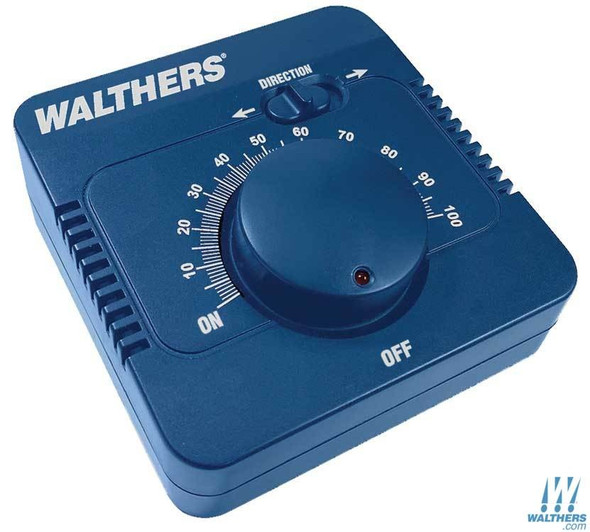 Walthers 942-4000 DC Train Control 2 Amps Up to 24 Volt-Amphere 16-Volt Accessory Output