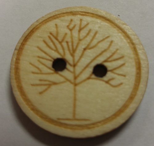 111032 Wood 2 Hole Natural Tree Pattern (25mm)