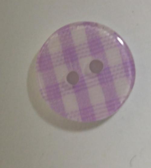 555099 Resin 2 Hole Mauve Gingham (15mm)
