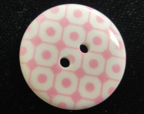 555100 Round Resin 2 Hole Pink w White Circle (23mm)