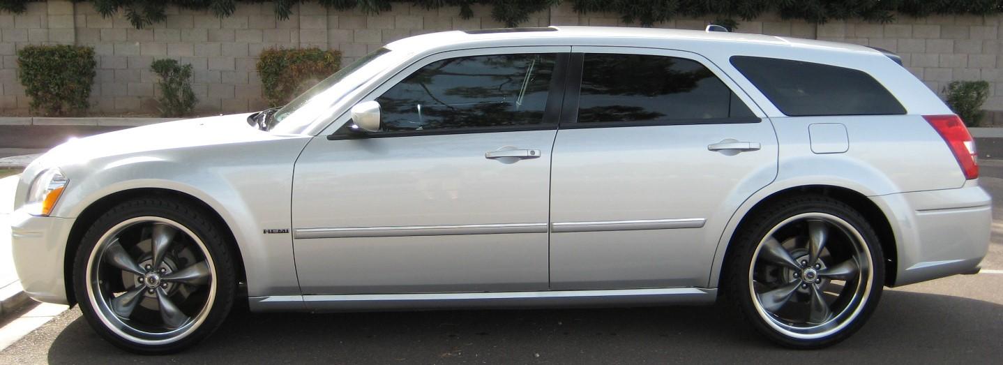 2006-dodge-magnum-rt-2-.jpg