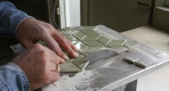 tile-saw-dry-close-up.jpg