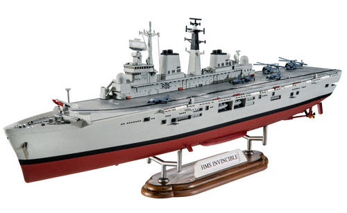 Revell 1/700 H.M.S Invincible (Falkland War)