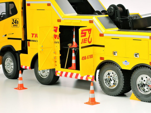 Tamiya 1/14 RC Trucks Accessory Set Cones And Tools