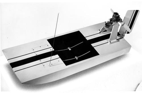 """Dumas 1501 Swamp Buggy Air Boat 28"""""""
