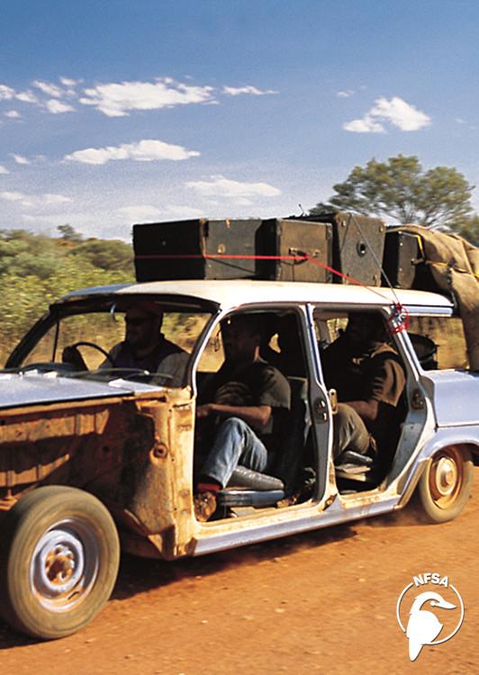 Bush Mechanics - Motorcar Ngutju (episode 1) (3-Day Rental)