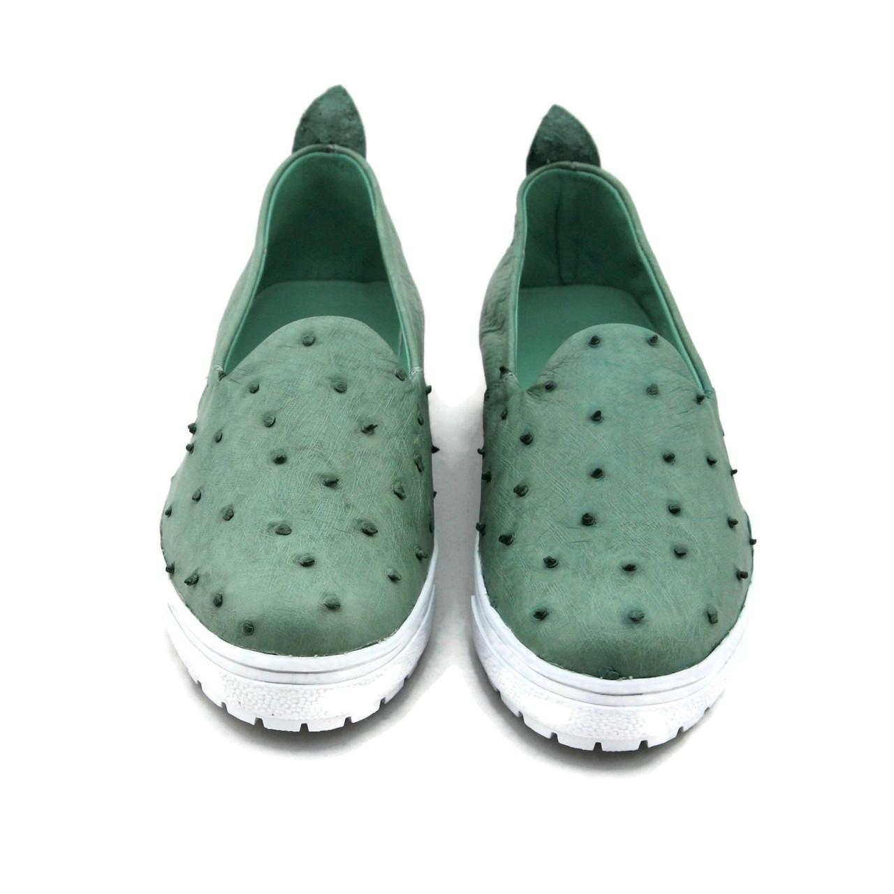 ostrich tennis shoes