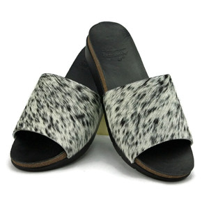 Cowhide Wedge - Salt & Pepper