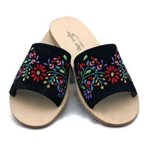 Embroidered Flats - Floral Design