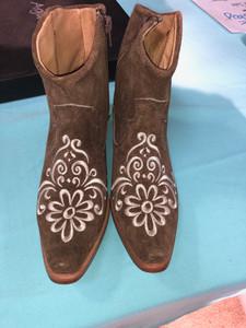 Size 6 Ankle boots - Honey w/ Cream Stitch