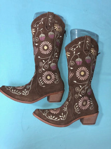 Size 6.5 Cowgirl boots - Honeysuckle design