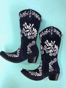 Size 8 Cowgirl boots - Navy w/ Silver stitch
