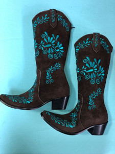Size 9.5 Slim boots -Chocolate w/ Jade stitch