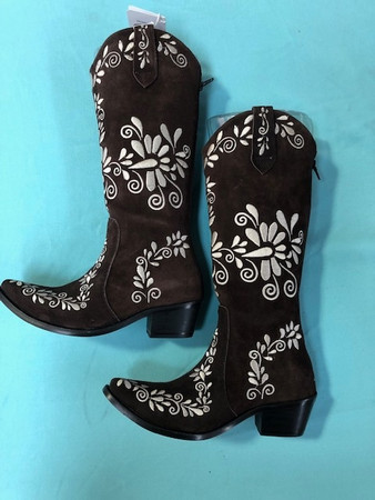 Size 6 Slim boots - Chocolate w/ Cream stitch