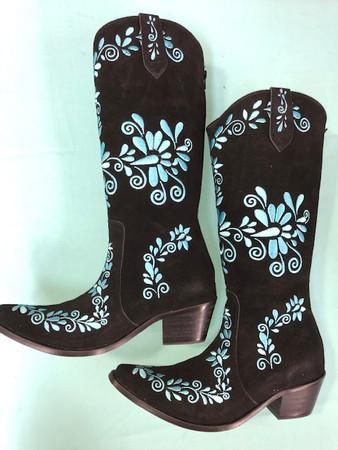 Size 10.5 Slim boots - Black w/ Turquoise stitch
