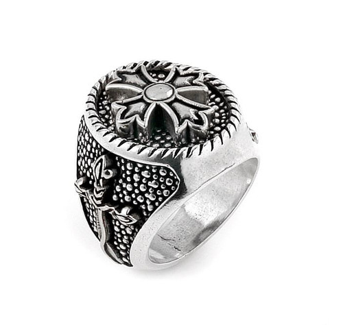 TWISTED BLADE SILVER ROUND RING WITH FLEUR DE LIS CROSS CENTER